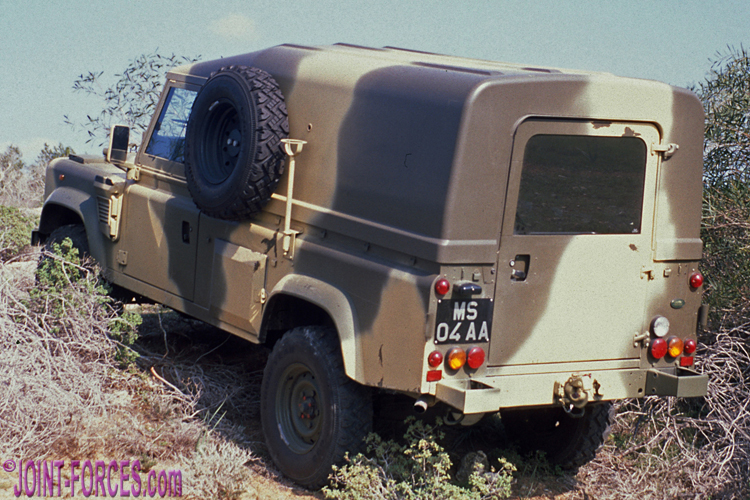 Military Land Rovers Pt 7 ~ The WOLF - Joint Forces News